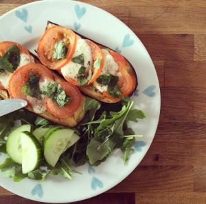 Aubergine With Mozzarella And Tomato: Low-FODMAPRecipe